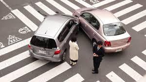que hacer al sufrir un accidente con el coche